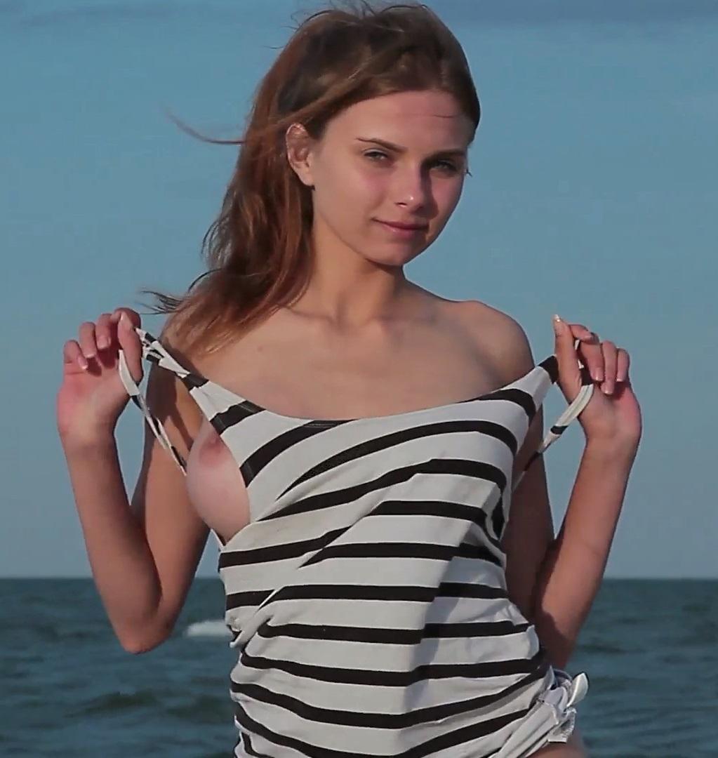 [Errotica-Archives.com] 2017-10-29 Yuki (aka Adelina Dey, Nicolette) - Sea Shell [Solo, Posing] [1080p]