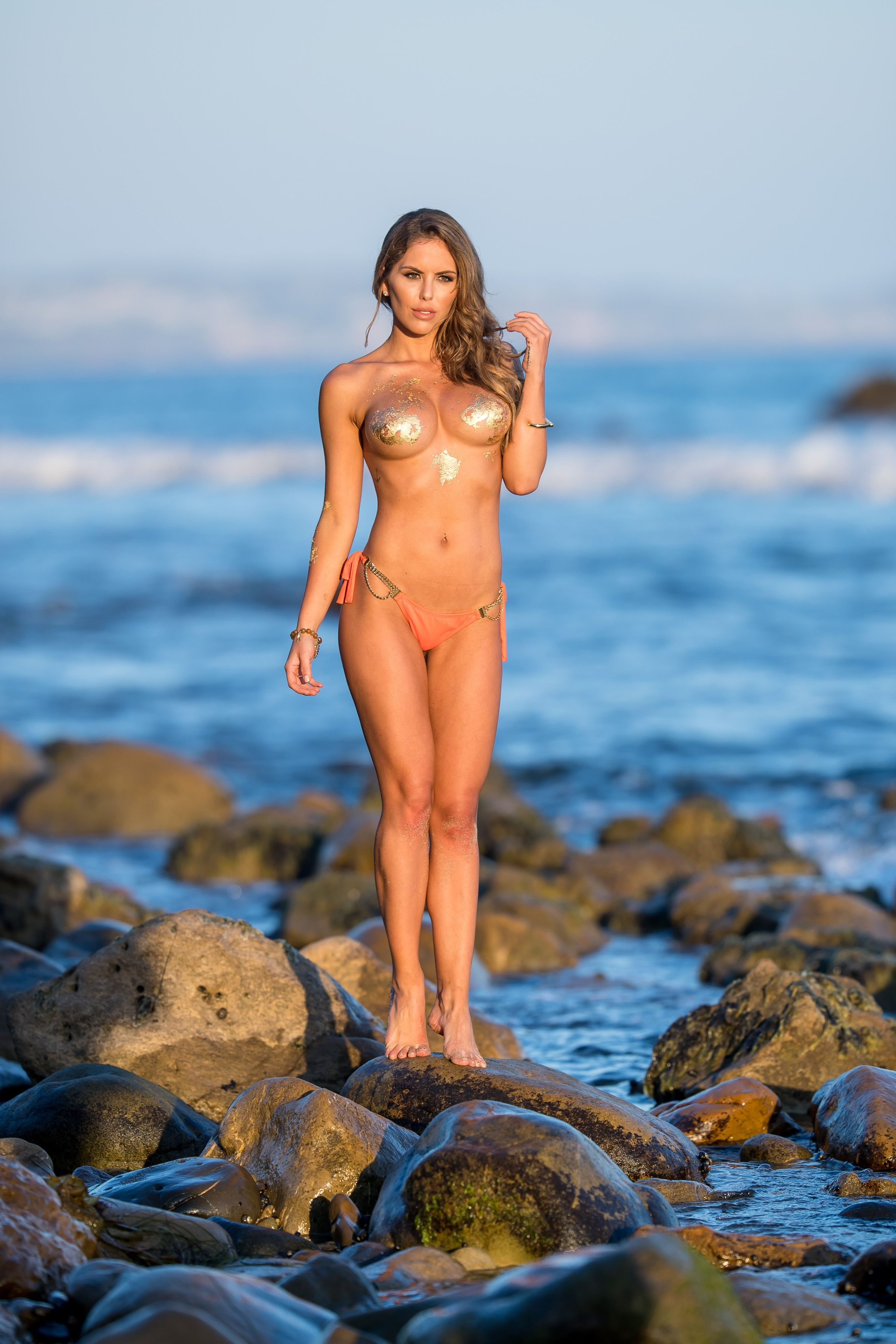 Brittney-Palmer-Sexy-Topless-33-thefappeningblog.com_.jpg