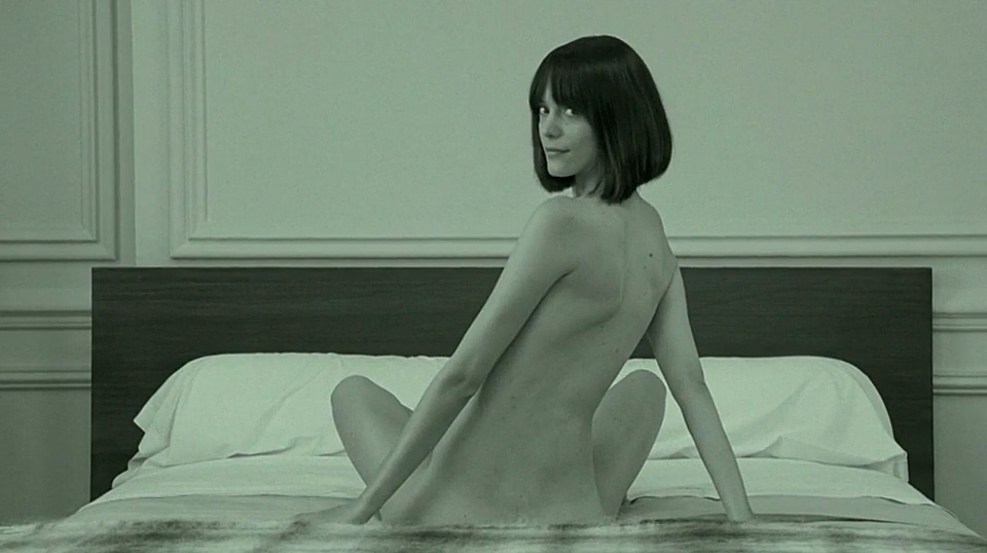 Stacy-Martin-Nude-Le-Redoutable-2017-7-The-Fappening-Blog.jpg