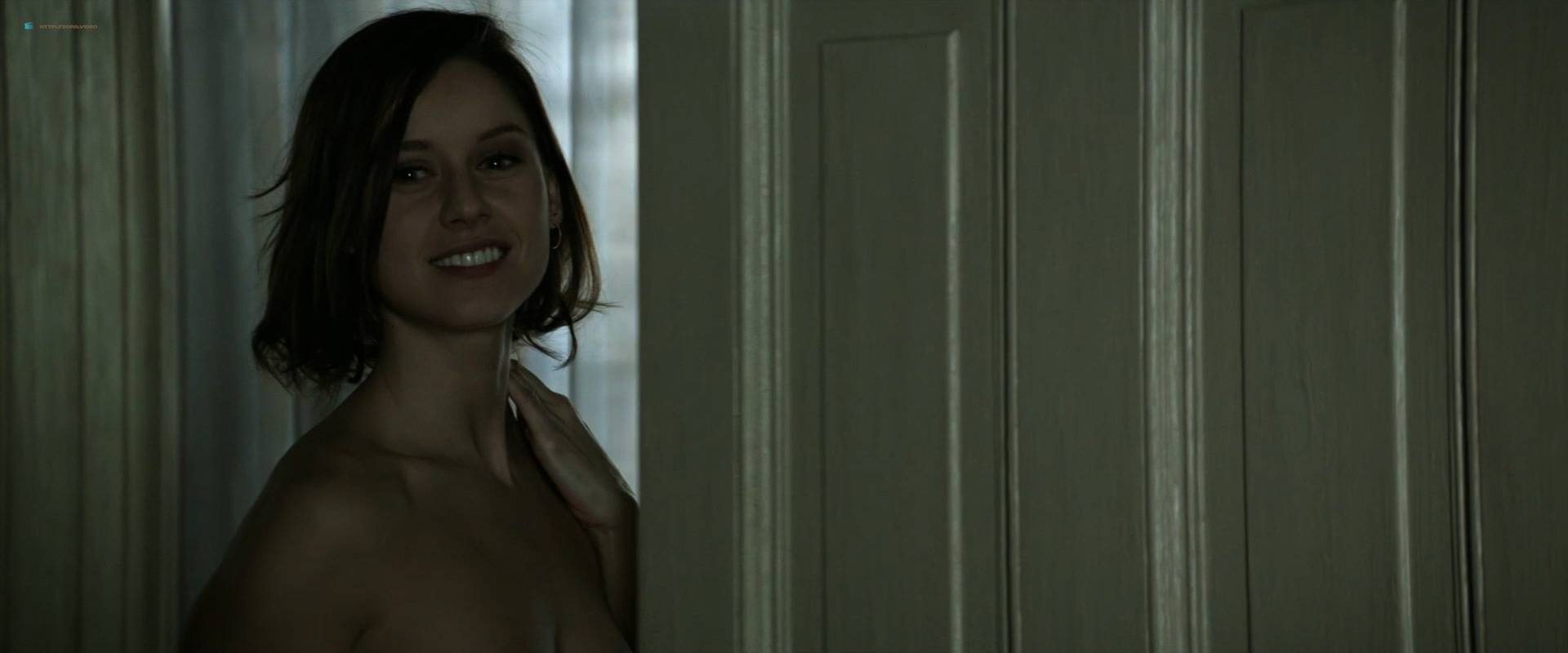 Manuela-Velles-nude-topless-bush-and-sex-Muse-2017-HD-1080p-BluRay-007.jpg