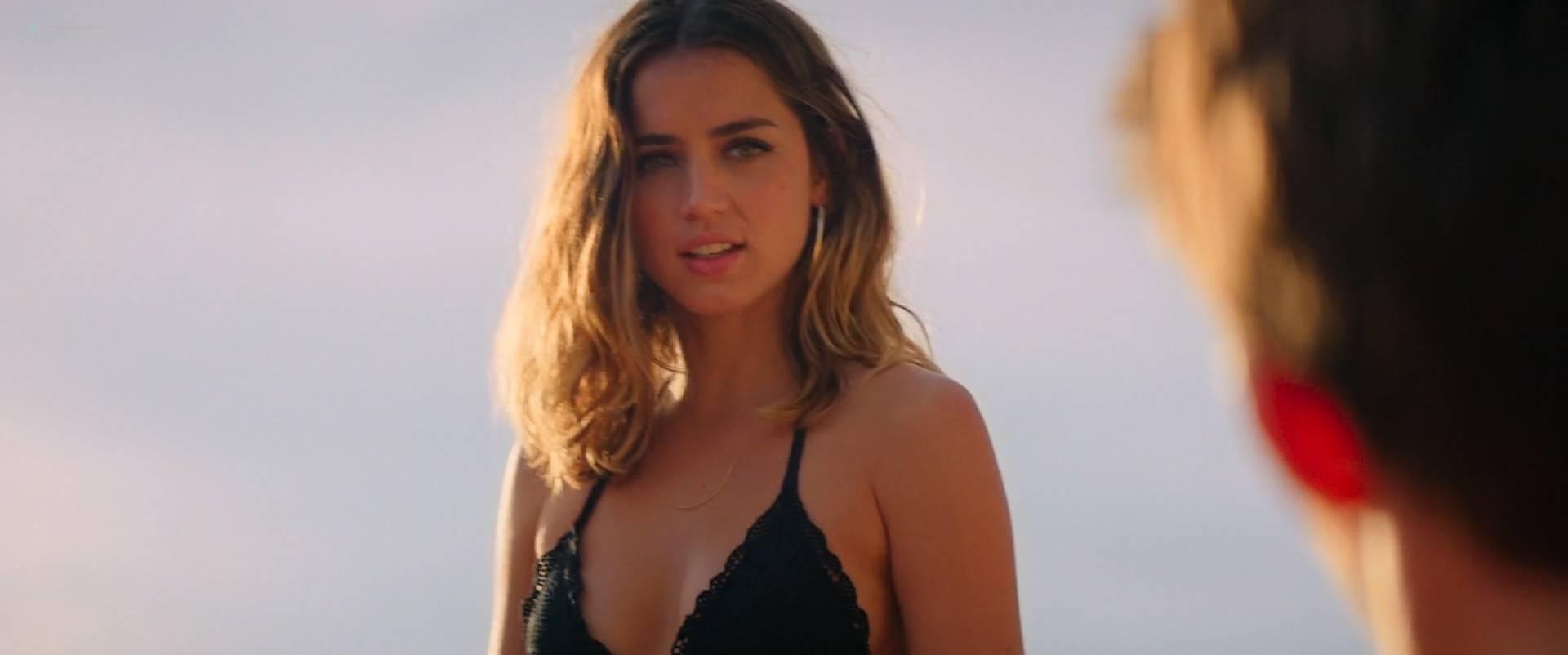 Ana-de-Armas-hot-bikini-Gaia-Weiss-hot-sex-Overdrive-2017-HD-1080p-WEB-5.jpg
