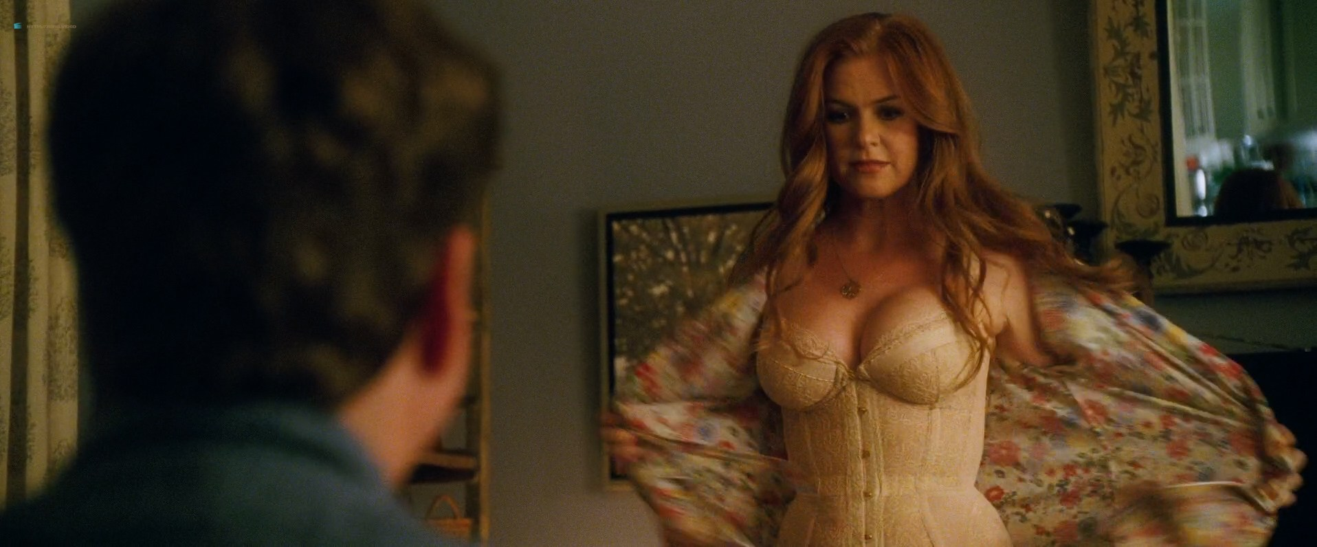 Isla-Fisher-hot-and-sexy-and-Gal-Gadot-hot-in-lingerie-Keeping-Up-with-the-Joneses-2016-HD-1080p-Web-Dl-8.jpg