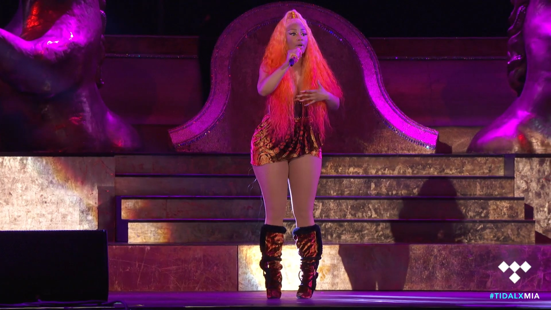 Nicki-Minaj-Nude-TheFappeningBlog.com-12.jpg