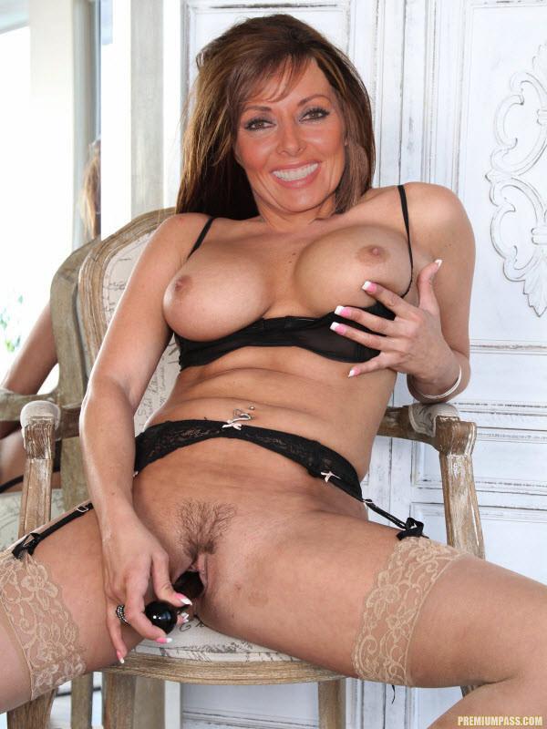 Carol vorderman fake nude tits fany