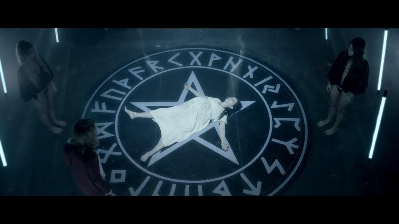 Дьяволица / Люциферина / Luciferina (2018) WEBRip 720p | L1