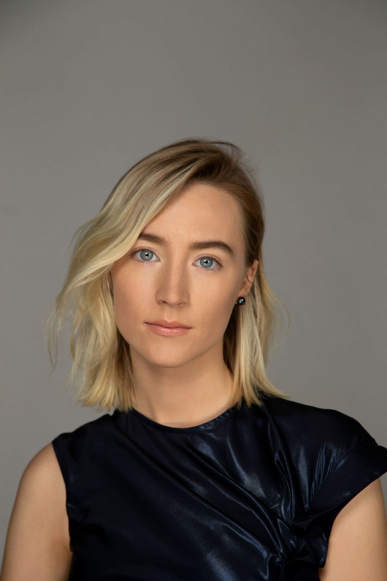 saoirse-ronan-photoshoot-for-la-times-actresses-roundtable-december-2018-2.jpg