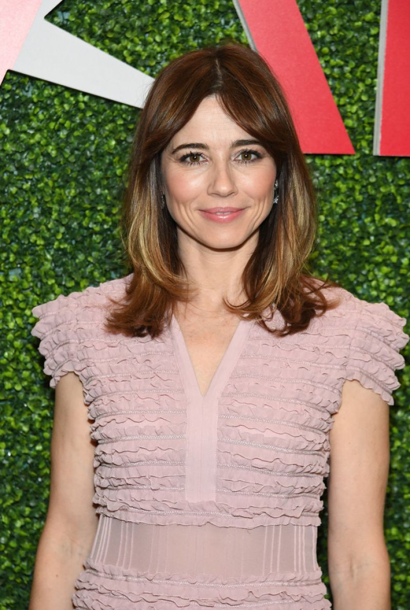 linda-cardellini-at-19th-annual-afi-awards-luncheon-in-beverly-hills-01-04-2019-4.jpg