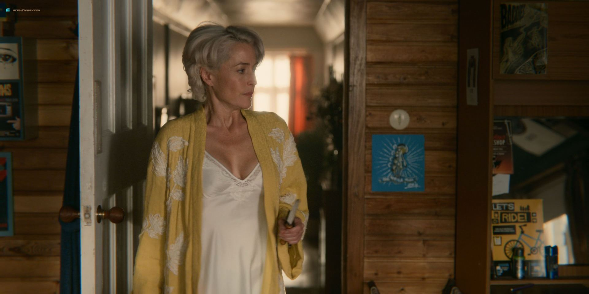 0013033650732_07_Tanya-Reynolds-nude-topless-Gillian-Anderson-hot-Sex-Education-2018-s1e3-HD-1080p-03.jpg