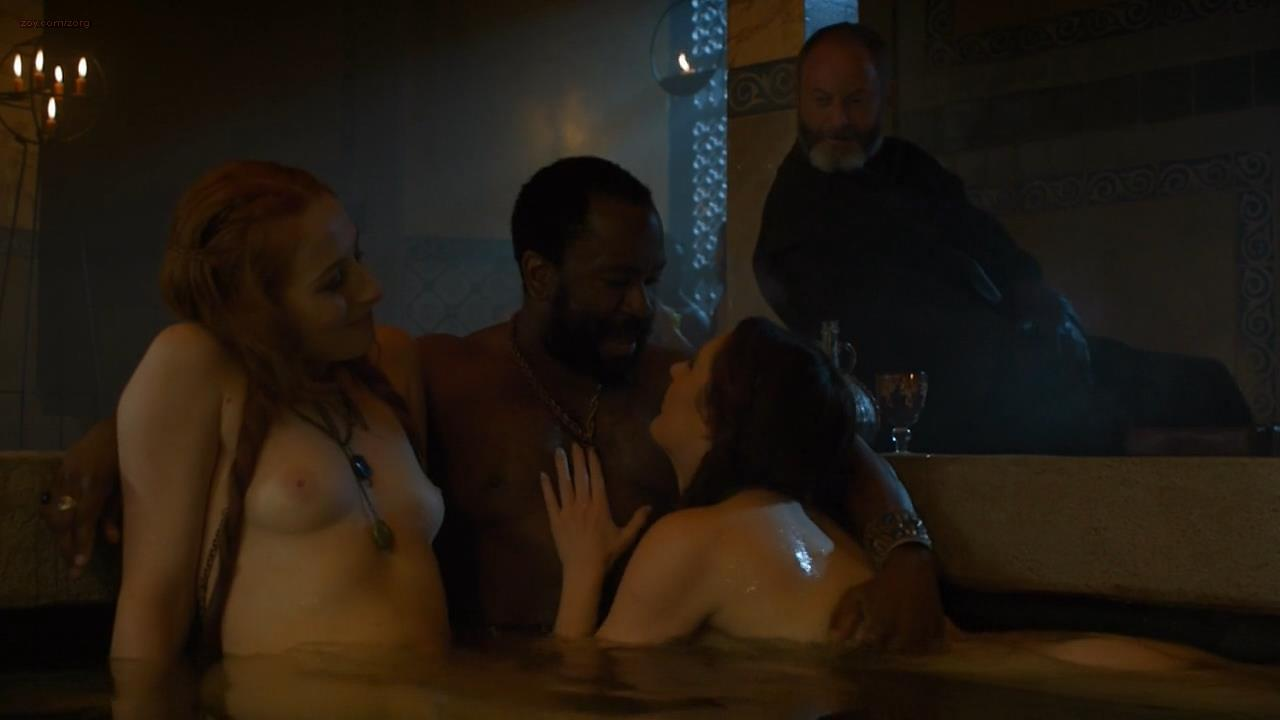0313180325408_08_Sarine-Sofair-nude-topless-in-the-bath-Game-Of-Thrones-2014-s4e6-hd720p4.jpg