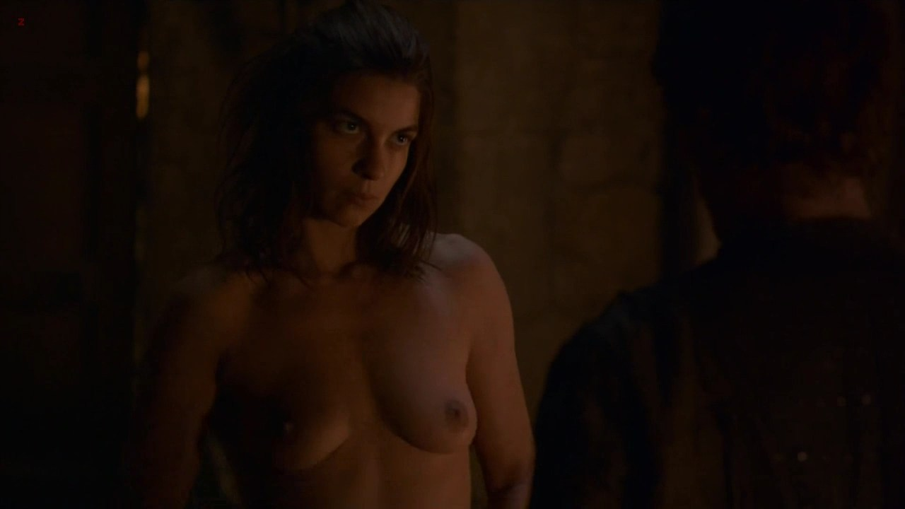 0313180917072_1_Natalia-Tena-naked-full-frontal-nude-Game-of-Thrones-s2e6-hd720p-3.jpg