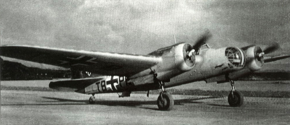 8.Avia-B.71A-germanskih-VVS..jpg