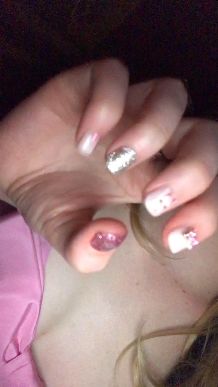 0402054506826_16_Elle-Fanning-Sexy-TheFappeningBlog.com-18.jpg
