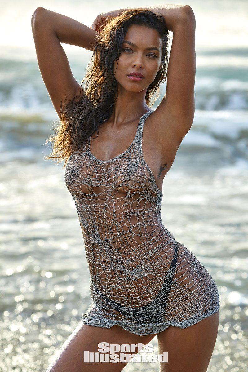 0409085859768_09_Lais-Ribeiro-Nude-Sexy-TheFappeningBlog.com-10.jpg