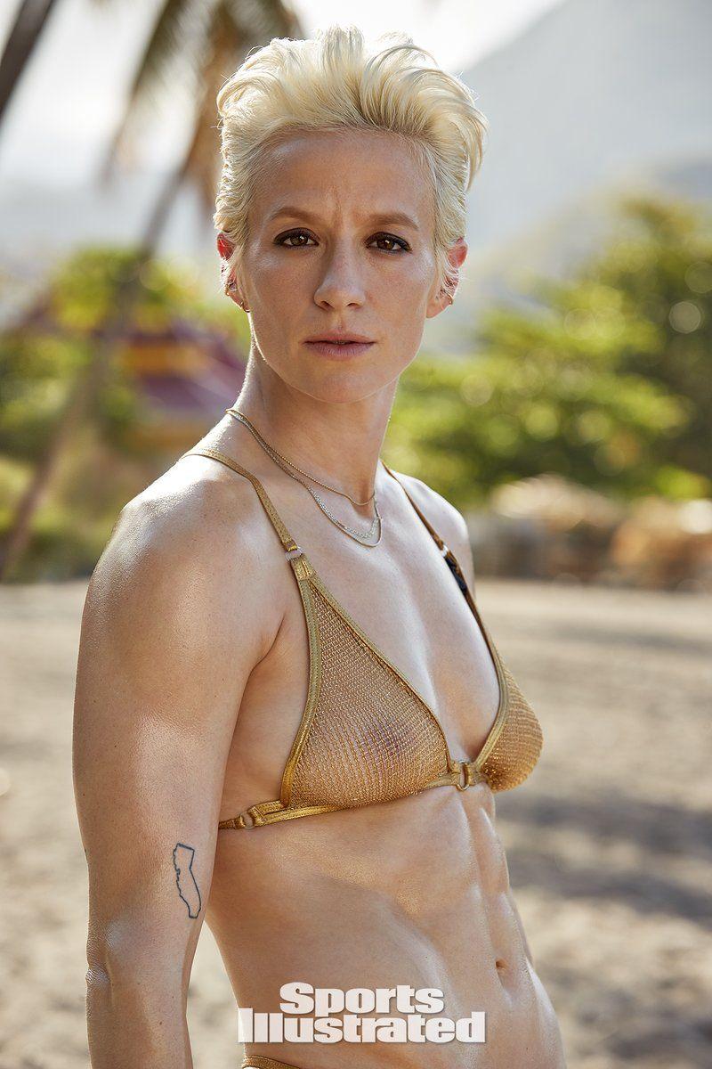 0409094146214_22_Megan-Rapinoe-Nude-Sexy-TheFappeningBlog.com-23.jpg