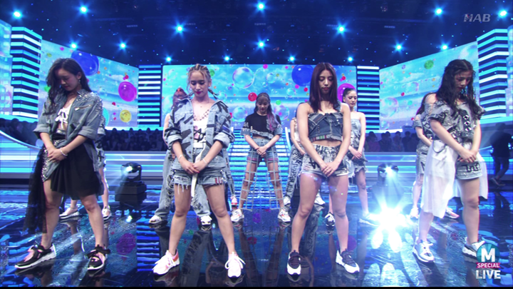20190706.2203.1 E-girls - Cinderella Fit (Music Station 2019.07.05).png