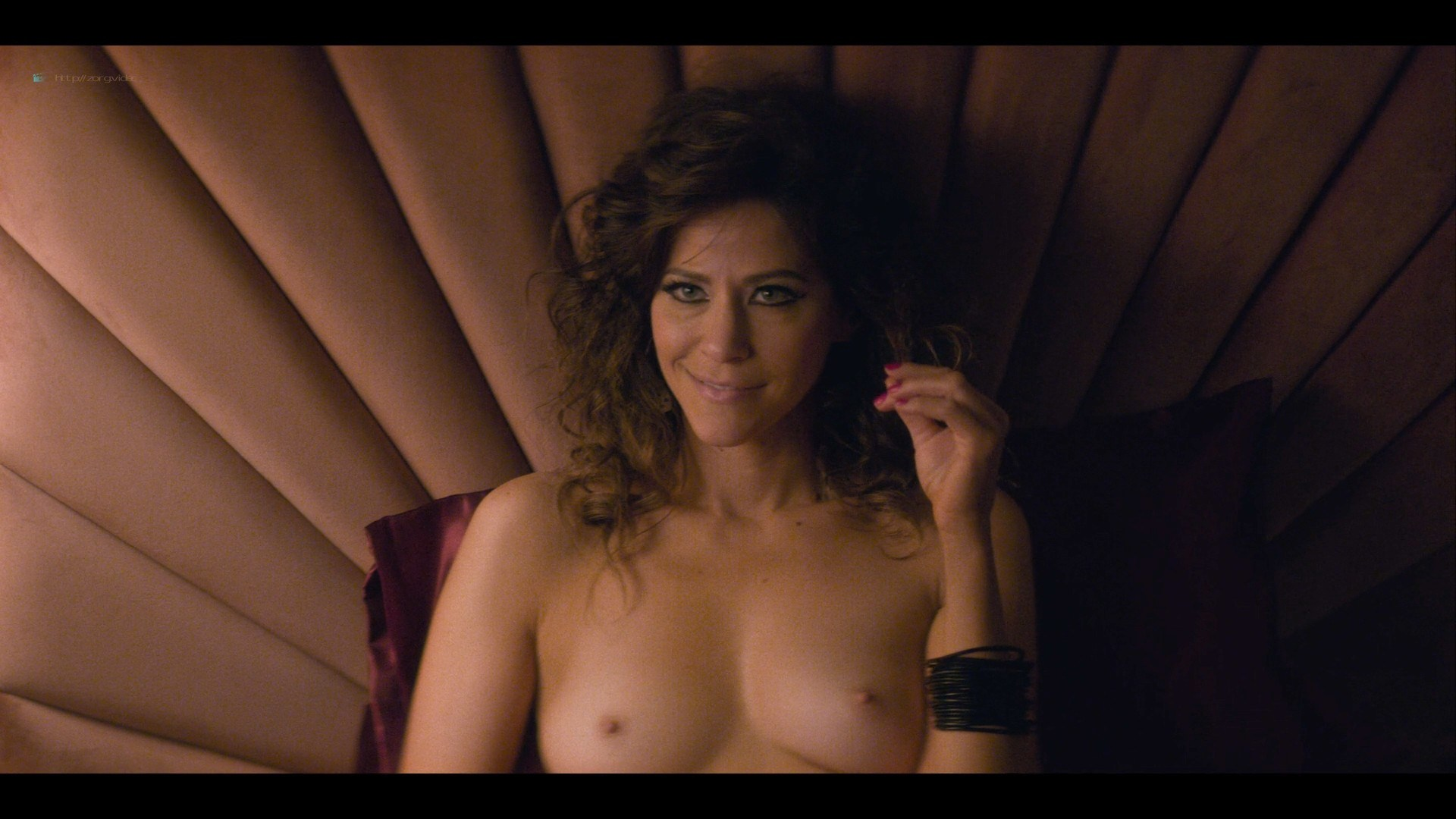 0710213425772_09_Betty-Gilpin-nude-sex-Kate-Nash-sex-others-hot-Glow-2019-S3-HD-1080p-0010.jpg