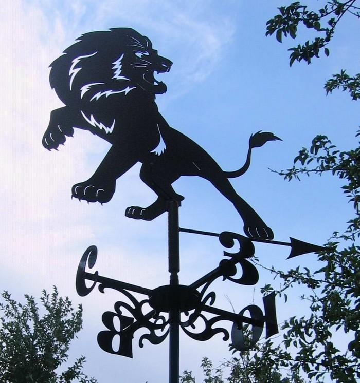 Флюгер-лев