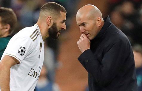 """Зидан: """"Бензема в истории """"Мадрида"""" на одном уровне с Роналду"""""""