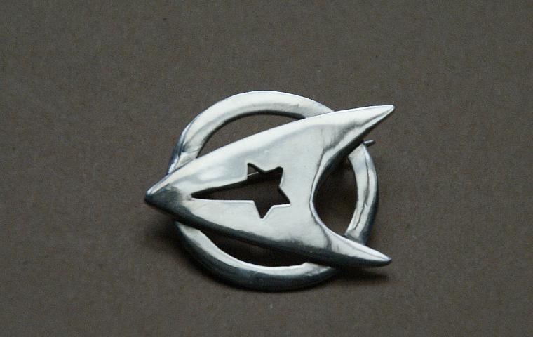 Значок из серебра