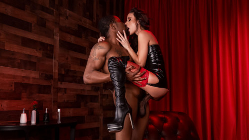 Gia Dimarco - Red Light Romp (2020) SiteRip |