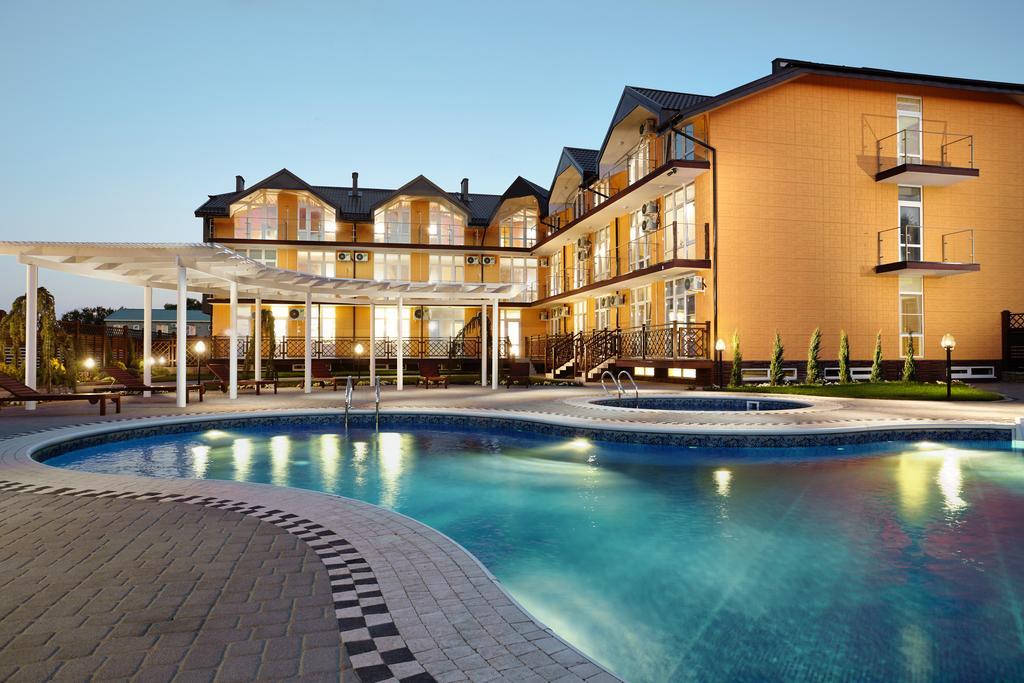гостиницы Тамани