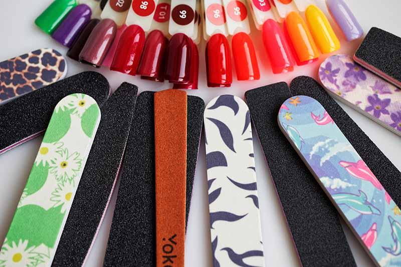 Какую абразивность пилочки выбрать для подпиливания ногтей.