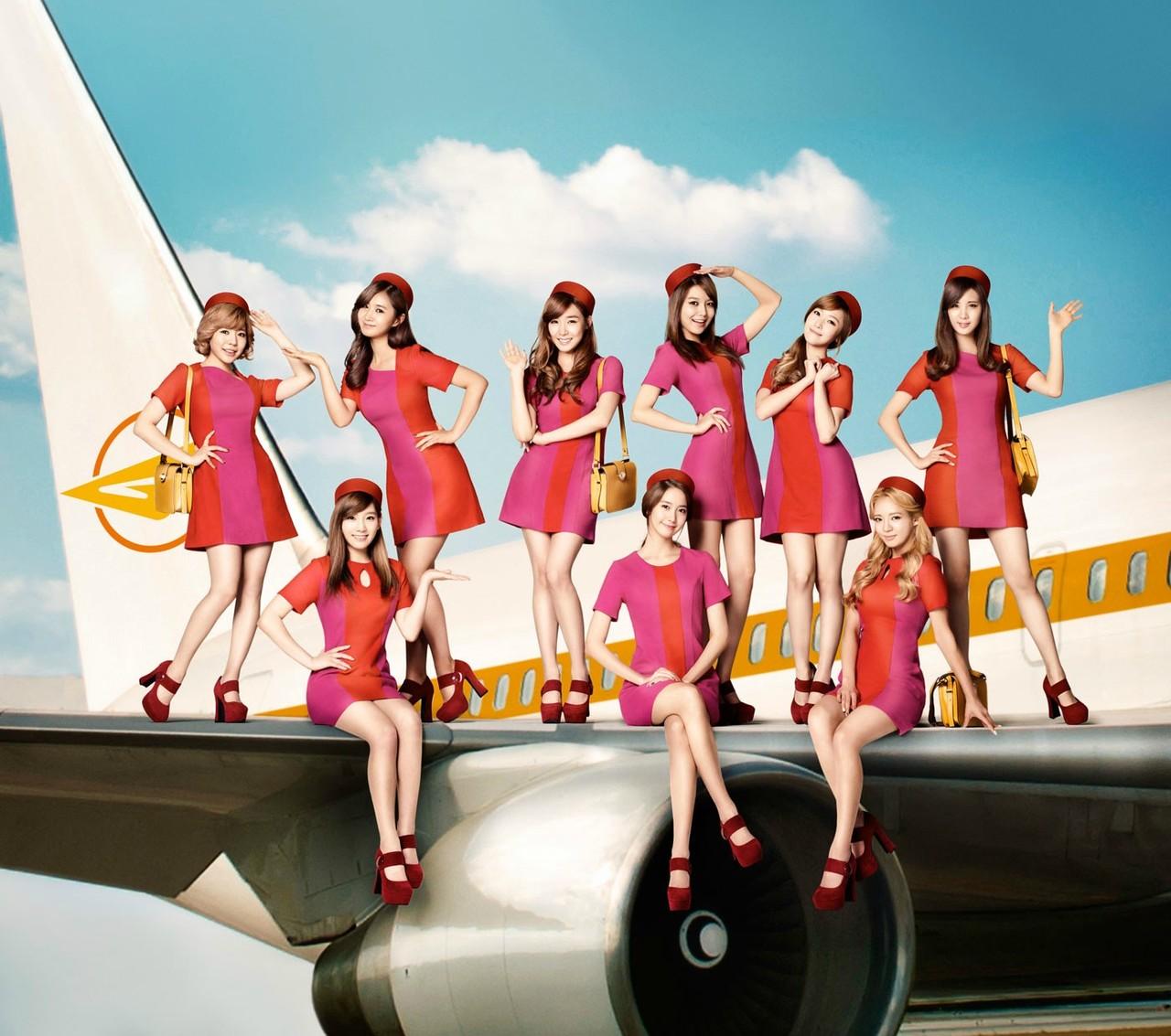 Girls' Generation, Girls & Peace, stewardesses [PH201027083338]