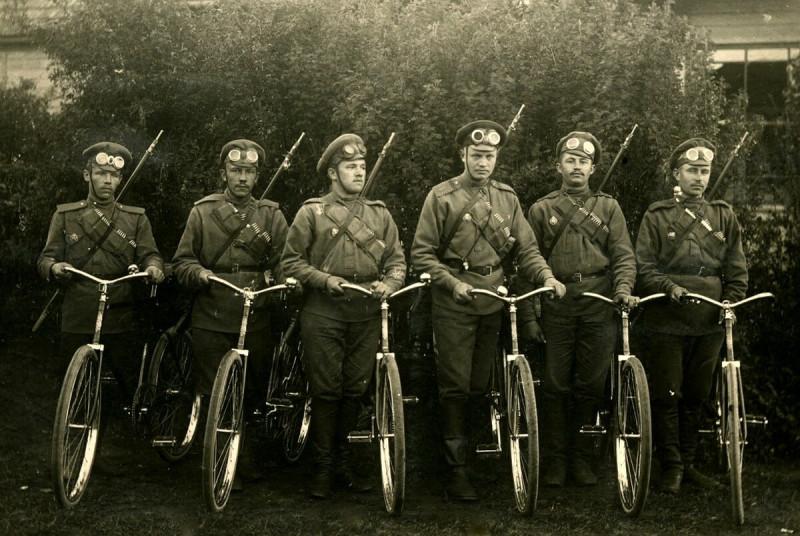 Военная униформа военных велосипедистов Российской императорской армии