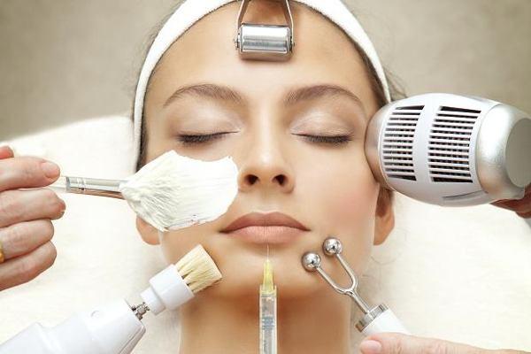 Профессиональные услуги клиники лазерной хирургии и косметологии LaserOne в Киеве